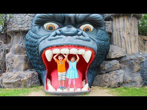 Ali and Adriana Pretend Play in the Amusement Park! Family Fun Adventure