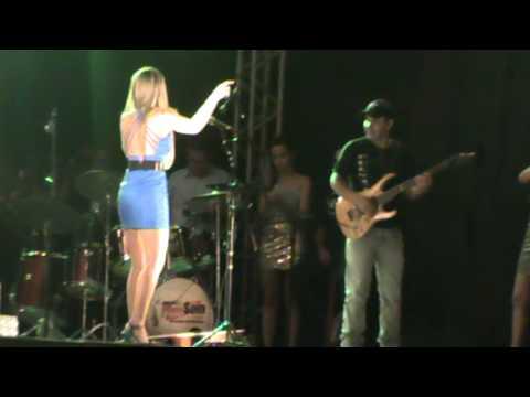 Cintia e Lucas em Matrinchã- Vó, To Estourado -  no festicha 2013