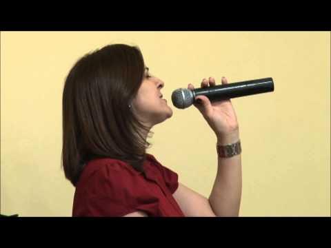 IBVN - Cristina Abreu canta OFERTA DE AMOR em 05/04/2012
