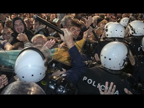 Μαυροβούνιο: Οργισμένοι διαδηλωτές ζητούν την παραίτηση της κυβέρνησης