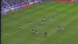 Claudio Reyna trifft für die Rangers gegen die Hearts