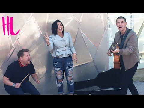 بالفيديو- ديمي لوفاتو و نيك جوناس يغنيان فى الشارع