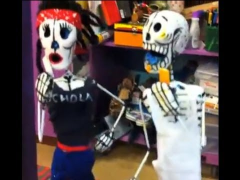 Day of the Dead Sculptures + Dia de los Muertos