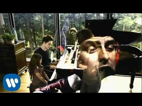 forgotten - Watch the official video for Green Day's