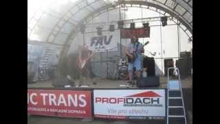 Video Motosraz Chlebičov kapela DEFIBE