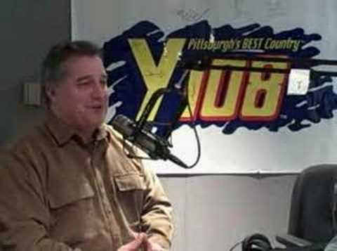 Improv Comic Joe Starr visits the Y108 Country Crew