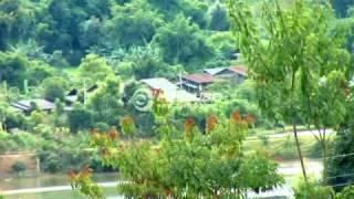 LeeKong Xiong and PajZaub Thoj- Mob Tsis Txawj Zoo