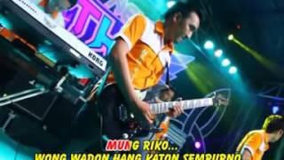 Video full VITA ALVIA Feat DEMY New THR Music Banyuwangi Album SENIMAN MP3, 3GP, MP4, WEBM, AVI, FLV Juli 2018