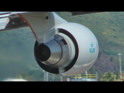 KLM 747 Mega power take off St Maarten