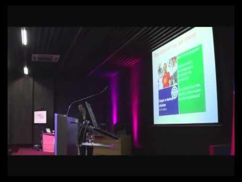 Cristian Encina Orellana de Microsoft Chile en Seminario de Marketing y Tecnologias como Herramientas de Innovacion para las Empresas