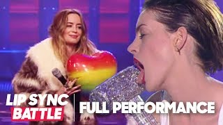 Anne Hathaway's Wrecking Ball vs. Emily Blunt's Piece of My Heart | Lip Sync Battle - YouTube