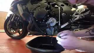 10. How To Change Oil And Filter On 2006 Suzuki GSXR 600 K7