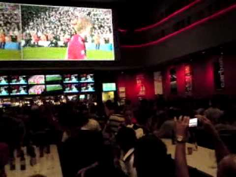 Celebrations At Crown Perth After Liverpool Thumped Man U In 2011