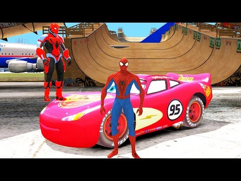 2 Человека Паука Спайдермена устроили гонки на гоночной машине Молния Маквин Тачки 2 на русском (видео)