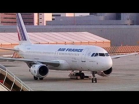 airfrance klm merger with jal 7 october was the birth date of klm and air france for the first time in the history the two airlines announced their intended merger via air france's.