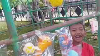 Sale squishy di taman bermain 😊🤗 !!!