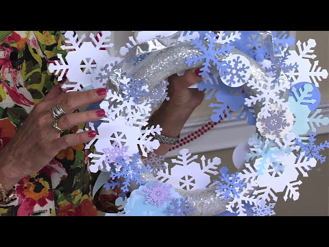 DIY With Sharyn Sowell: Snowflake Wreath
