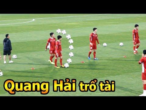 Thử Thách Bóng Đá đi xem HLV Park Hang Seo Quang Hải Công Phượng và ĐT Việt Nam tập Asian Cup 2019 - Thời lượng: 10:03.