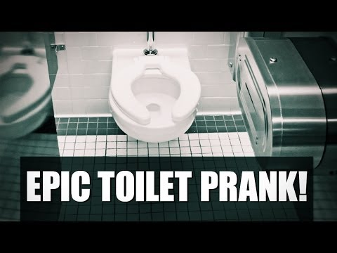 PRANKED%3A WOMAN GLUED TO TOILET SEAT IN HOME DEPOT