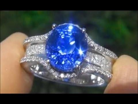 GIA 6.70 Carat VIVID Cornflower Blue Sapphire & Diamond Ring set in Platinum -  UNHEATED & UNTREATED