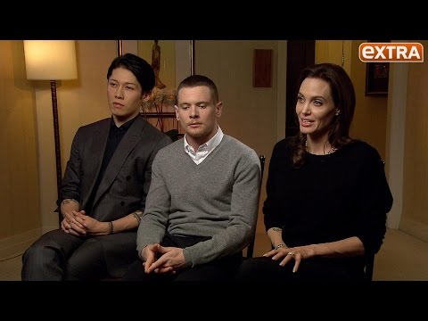 Video Angelina Jolie on 'Unbroken,' Her Career as a Director, and Her Wedding download in MP3, 3GP, MP4, WEBM, AVI, FLV February 2017