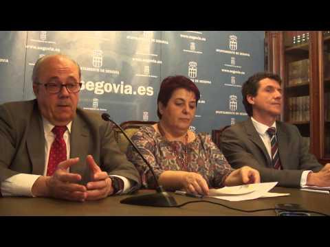 Ayuntamiento Segovia.  Luquero sobre edificio Evisego  de viviendas para jóvenes 19/3/2015 (видео)