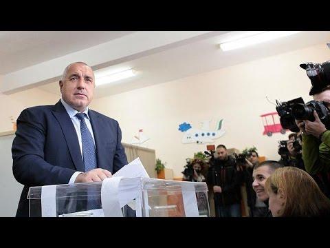 Βουλγαρία: Νίκη της φιλορωσικής αντιπολίτευσης στις εκλογές – Παραιτείται ο Μπόικο Μπορίσοφ