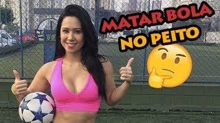 Oi gentee, nesse vídeo ensino mais um tutorial básico MAS IMPORTANTE do futebol, como dominar a bola no peito! Espero que gostem!!Editor do vídeo:https://www.youtube.com/mainbronzeMe sigam nas redes sociais! s2https://www.instagram.com/raquelfreestylehttps://www.facebook.com/raquelfreestyleoficialhttps://twitter.com/raquel_benettiSnapchat: RaquelFreestyle