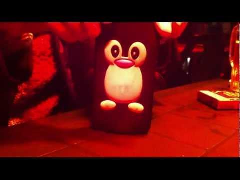 Illimitatamente - il pinguino Pino [parodia Elio e le storie tese] by Mad BOX