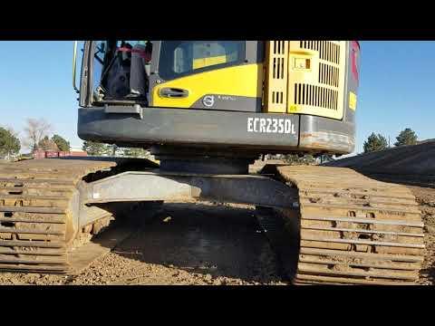 VOLVO CONSTRUCTION EQUIPMENT KETTEN-HYDRAULIKBAGGER ECR 235DL equipment video 5YfcFau0FqY