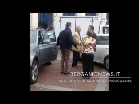 Suv in Piazza Vecchia, il sindaco Gori s'infuria