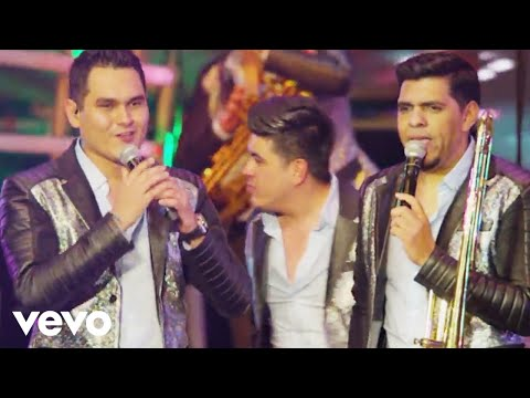 Popurrí: El Toro Mambo, La Repetidora (Cumbia Repetidora), La Bamba (En Vivo)