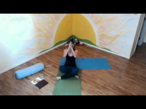 Sunrise Yoga Project Session - 06.04.2014 - Morning Mantra, Movement, and Meditation with Lara (видео)