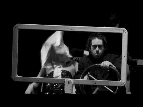 Cabaret Gainsbourg, musique et marionnettes