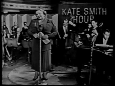 Tekst piosenki Kate Smith - Somebody Else Is Taking My Place po polsku