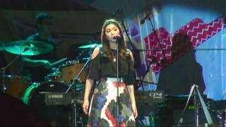 Video Isyana Sarasvati  Live Banjarmasin Full Video MP3, 3GP, MP4, WEBM, AVI, FLV November 2018