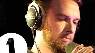Video HONNE - Loud Places (Jamie xx Cover) - Radio 1's Piano Sessions MP3, 3GP, MP4, WEBM, AVI, FLV Agustus 2018