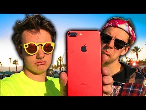 I Got My iPhone Stolen at Coachella (man with 100 phones) (видео)