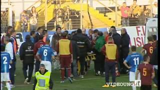 Calcio: massaggio cardiaco per Ettore Mendicino durante Matera-Salernitana - YouTube