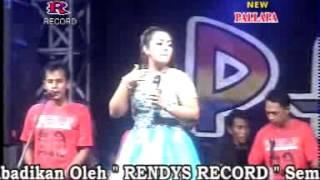 Pecah Seribu Devi Aldiva  New Pallapa Live Sumokembangsri Balongbendo 2015