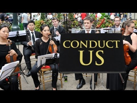 ¿Qué harías si de repente pudieras dirigir una orquesta en plena calle?