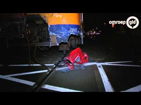Held redt vrouw haar leven in Velp op het spoor