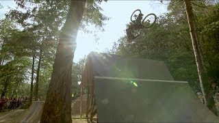 Mountain bike and BMX dirt jumping contest