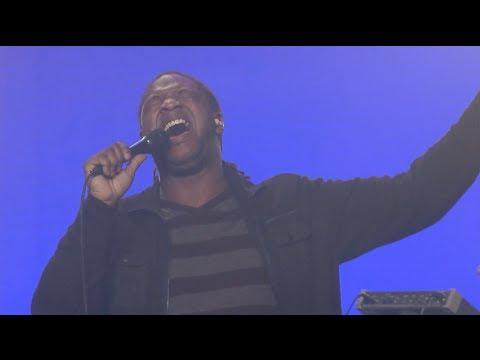 We Love Your Name (Live) - Jaye Thomas:  Forerunner Music artist Jaye Thomas leads his song,