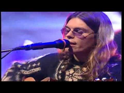 , title : 'Gianluca Grignani - Sdraiato su una nuvola live 2000'