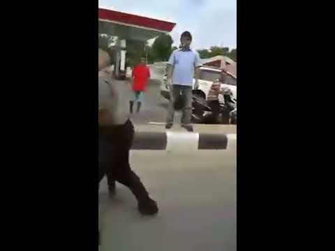 Video GORONTALO - Polisi Vs Preman download in MP3, 3GP, MP4, WEBM, AVI, FLV January 2017