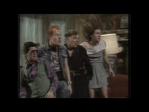 The Young Ones Series 2 Episode 03 (Nasty)