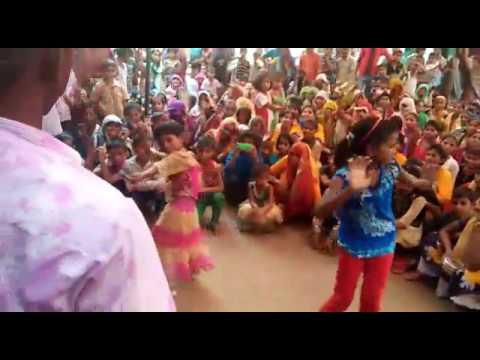 Video Pappu sastri Bhagwat vill Gadhiya post sikandrara Dist Hathrash u.p download in MP3, 3GP, MP4, WEBM, AVI, FLV January 2017