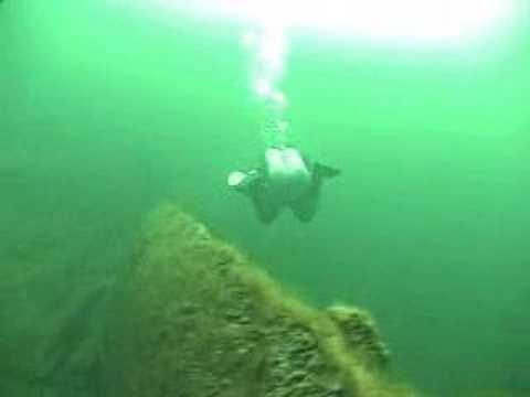 Buceo bajo el hielo 'El Islander'