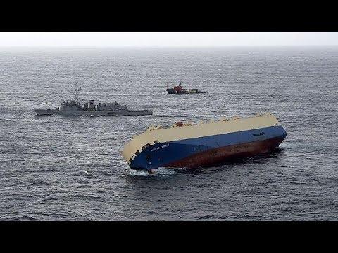 Ακυβέρνητο φορτηγό ανοιχτά των γαλλικών ακτών- Κίνδυνος οικολογικής καταστροφής